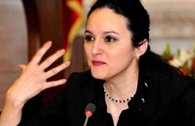 Alina Bica nu vrea sa se intoarca in Romania