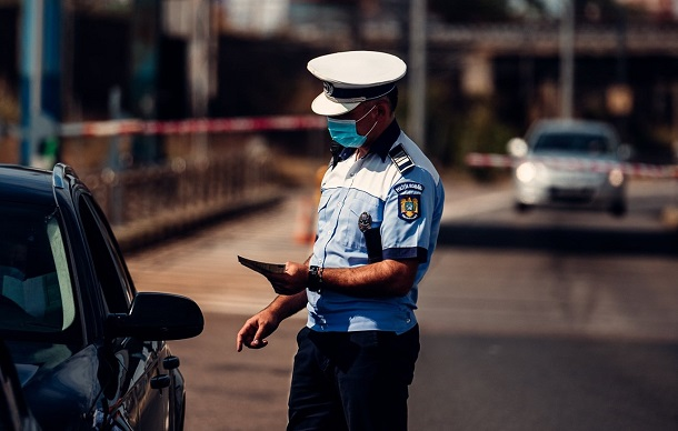 Taximestristii, in vizorul Politiei. Brigada Rutiera aplica amenzi