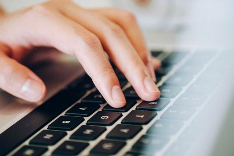 CJUE: Urmarirea online si aflarea identitatii internautilor, admisibile in anumite conditii