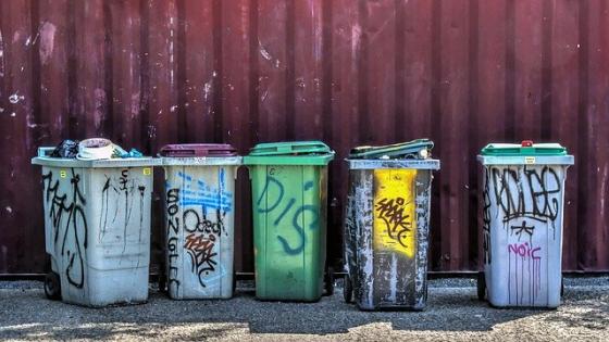 Colectarea gunoiului, scumpita prin lege. Platesti fix cat arunci!