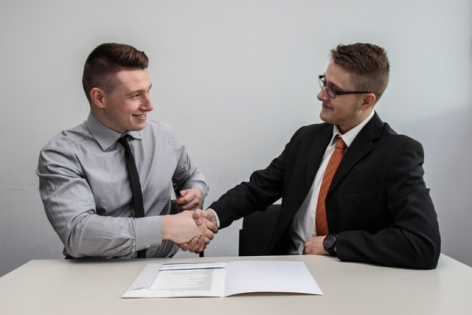 Contract prestari servicii (Model si explicatii)