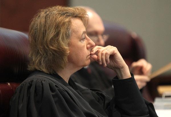 """Judecator, exclus din magistratura pentru """"afirmatii lipsite de respect"""""""