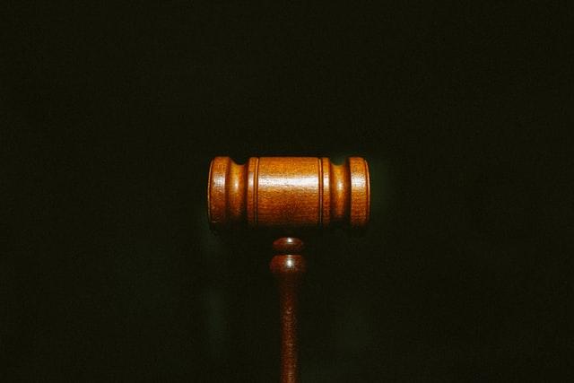 Legea nr. 130 din 2021: Sentintele penale, pronuntate in maximum 120 de zile