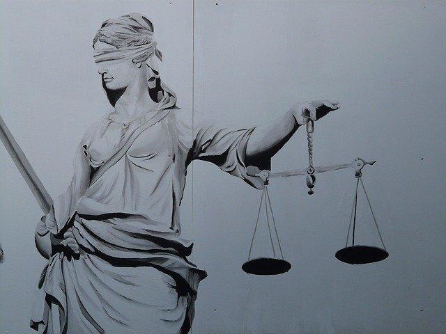 Peste 1.000 de magistrati, impotriva superimunitatii