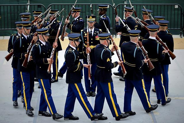 MApN, de acord cu noua Lege a pensiilor militare