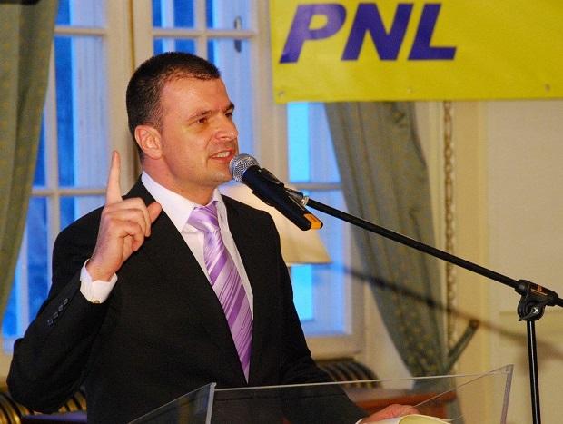 Mircea Rosca nu va mai fi urmarit penal. A obtinut un nou mandat de deputat