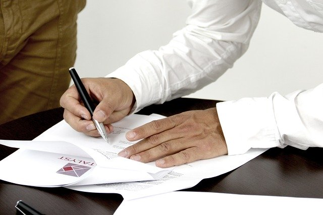 Model contract individual de munca (CIM)