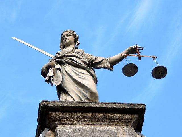 Propunere MJ: Pensiile magistratilor, bazate doar pe vechimea in functia de judecator sau procuror