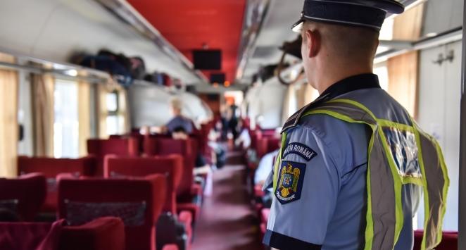 Politistii au controlat trenurile si statiile CFR. Au fost aplicate sute de amenzi