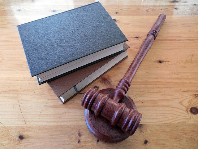 Incep consultarile privind Legile Justitiei. Programul