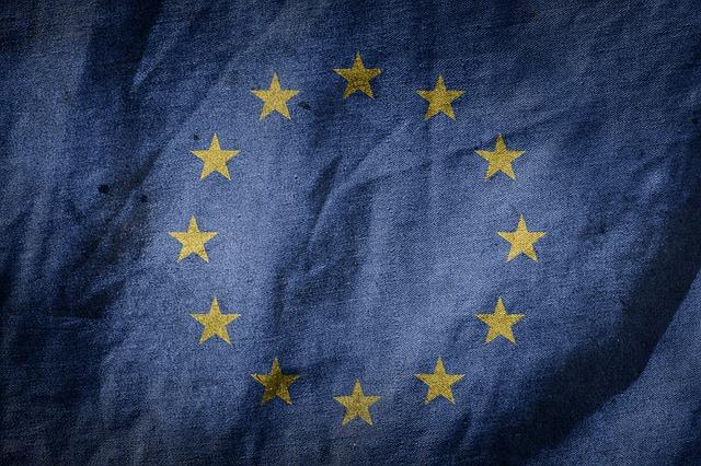 Majoritatea romanilor cred ca UE a ajutat la combatarea pandemiei de Covid-19