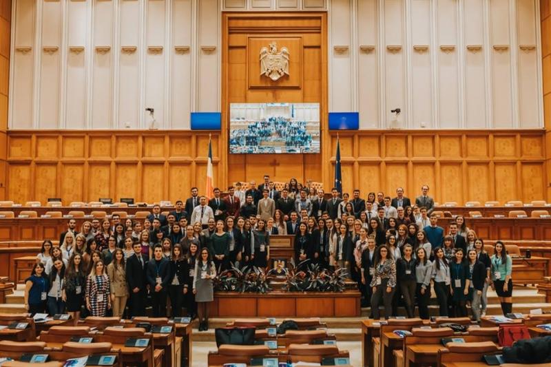 parlamentul tinerilor 2018