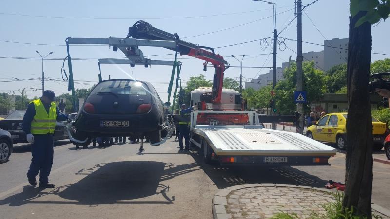 ridicare masini parcate ilegal
